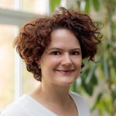 Frauenarzt Erfurt - Team - Dr. med. Britta Hinnendahl - Fachärztin für Gynäkologie und Geburtshilfe