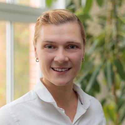 Frauenarzt Erfurt - Team - Simone - Hebamme